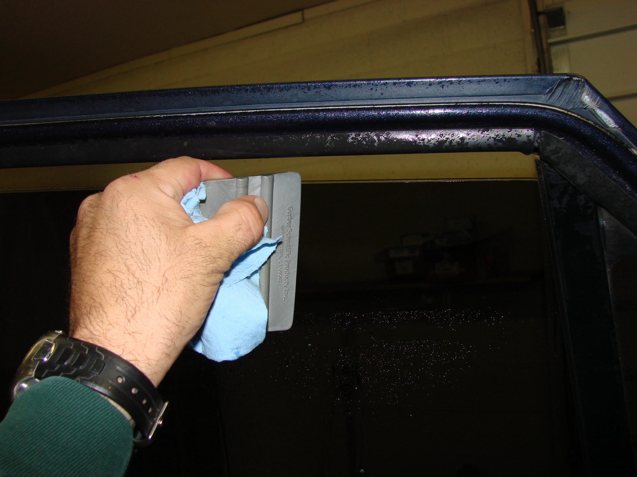 how to tint a window